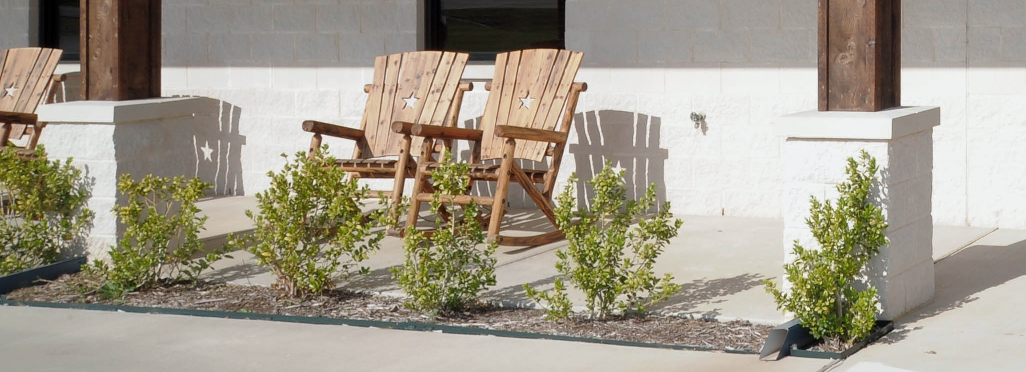 Southern Packaging Industrial Construction Front Porch Rockers